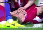 NONG: Tien dao Torres gap nguy hiem tinh mang o tran Deportivo 1-1 Atletico