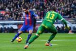 Arda Turan chấn thương, Barcelona dính virus FIFA