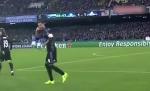 Trung ve Ramos troll Messi sau khi ghi ban
