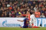 Mascherano thua nhan may man thoat 11m tran Barca 6-1 PSG