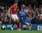 M.U ha Chelsea: Khi Mourinho biet cach khac che Hazard