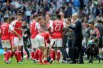 Arsene Wenger: Arsenal da tra loi moi cau hoi