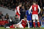 Arsenal mat tru cot hang thu sau tran thang Leicester