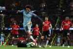 Du am Man City 0-0 Man Utd: Em be va cu khoai tay