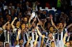Juventus 2-0 Lazio: Danh hieu dau tien cua Lao ba