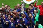 """Roy Keane: """"M.U vo dich Europa League chang giai quyet duoc gi"""""""
