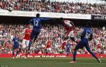 Arsenal chang hon gi, chi may hon Man Utd