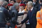 Wenger: Arsenal ro rang thang xung dang Man Utd