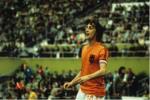 Johan Cruyff va bon tuan gay xon xao Leicester City