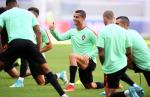 Real Madrid san sang nop tien tron thue cho Ronaldo