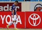 Tuyển thủ Việt Nam nhận thẻ đỏ sau màn song phi vào đối phương