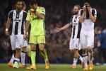 That bai tai Cardiff: Cai tat canh tinh cho Juventus