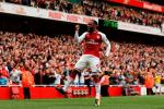 Lacazette: Chua hieu Sanchez va Ozil la chua hoa nhap voi Arsenal
