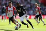 Dư âm Southampton 0-1 M.U: Con dao hai lưỡi Ashley Young