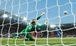 HLV Klopp tán dương Mignolet sau trận thắng Leicester