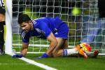Diego Costa roi Chelsea: Nguoi hung hay noi si nhuc?