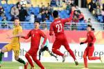 Dựng xe bus, U23 Việt Nam được so sánh với... M.U