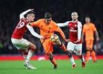 Goc Arsenal: Kho trong cho vao cap Wilshere – Xhaka
