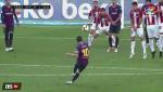 Doi thu bat bai thong minh cu sut phat cua Messi