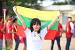 Ngất ngây với vẻ đẹp các CĐV nữ trận Myanmar vs Việt Nam