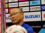 Nhung cung bac cam xuc cua HLV Park Hang Seo o tran Malaysia 2-2 Viet Nam