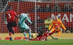 Man Utd 2-2 Arsenal: Lot ta ban chat cua hai trieu dai chuyen giao