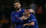 Chelsea phải cảm ơn… con trai sơ sinh của Giroud
