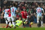 Alexis co ban thang dau tien: Mourinho, dung mung voi!