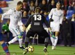 Tong hop: Levante 2-2 Real Madrid (Vong 22 La Liga 2017/18)