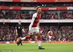 Tong hop: Arsenal 3-0 Stoke (Vong 32 Premier League 2017/18)