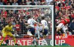Những thống kê đáng nhớ sau trận M.U 2-1 Tottenham