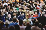 Khoanh khac World Cup 2014: Anh mat cua Messi va chiec Cup vang chua the cham toi