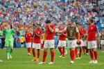 Anh ket thuc ky World Cup dang nho: Thoa man roi, tu hao roi, gio thi sao?