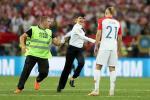 Cac CDV chay vao san trong tran chung ket Phap vs Croatia la ai?