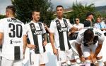 Cristiano Ronaldo gia nhap Juventus: Hanh trinh 15 nam ve voi lang que Villar Perosa