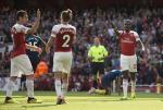 Arsenal thang tran dau tien: Mua giai gio moi chinh thuc bat dau!