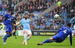 "Man City dai thang Cardiff: ""Scholes nuoc Duc"" lam nuc long Guardiola"