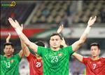 Video: Cac tuyen thu Viet Nam an mung tam ve vao vong 1/8 Asian Cup 2019