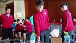 VIDEO: Hau truong thu vi mot buoi hop noi bo cua tuyen Viet Nam