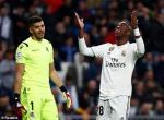 Video tong hop: Real Madrid 0-2 Sociedad (Vong 18 La Liga 2018/19)