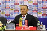 Hop bao truoc tran Viet Nam vs UAE:  HLV Bert van Marwijk danh gia cao Viet Nam, thay Park khong chu quan