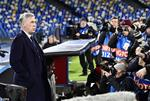 Chan dong: Doat ve di tiep, Napoli lap tuc... sa thai HLV Ancelotti