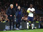 Tottenham 0-2 Chelsea: Ngay tro hay hon thay