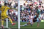 HLV Burnley: 'Toi hai long voi man trinh dien truoc Arsenal, nhung…'