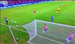 Luis Suarez doi 11m vi bong cham tay thu mon cua Chile
