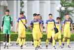 U22 Viet Nam 2-0 Kitchee (KT): Martin Lo lap cong, U22 Viet Nam danh bai nha DKVD Hong Kong