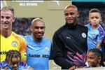 VIDEO: Vincent Kompany tiet lo ten trung ve khien anh an tuong nhat
