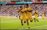 Frankfurt 2-2 Dortmund: Mat diem dang tiec