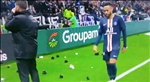 "Sieu sao Neymar bi tan cong bang ""mua vat the la"""