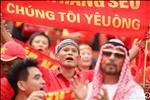 ANH: Dau Thai Lan, DT Viet Nam duoc tiep lua boi dan CDV hung hau